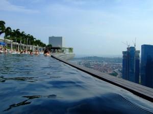 10578239-roof-pool