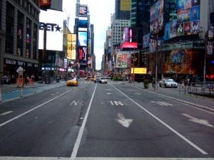 10578405-new-york-streets