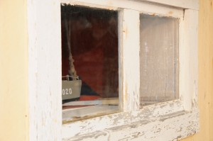 9858433-boathouse-window