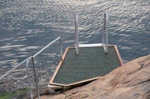 9860601-bathing-place