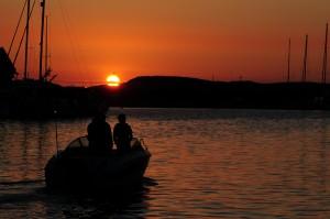 9864365-midsummer-sunset